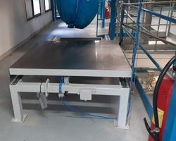 Installation de la trappe de mise en sécurité du tunnel de lavage